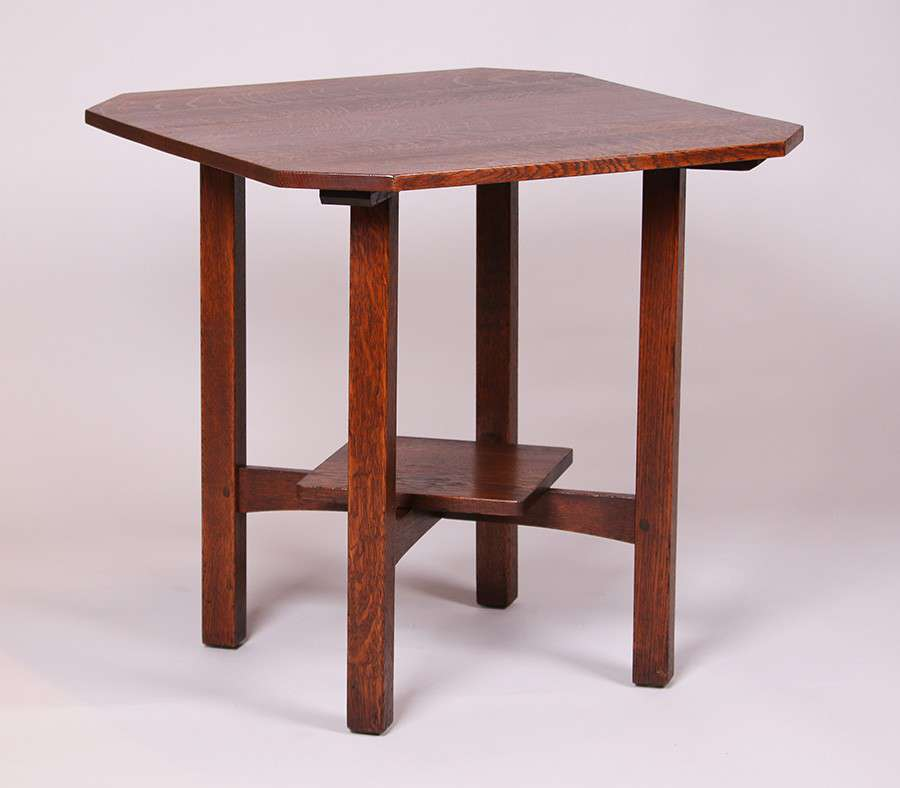 ljg stickley large clip corner lamp table