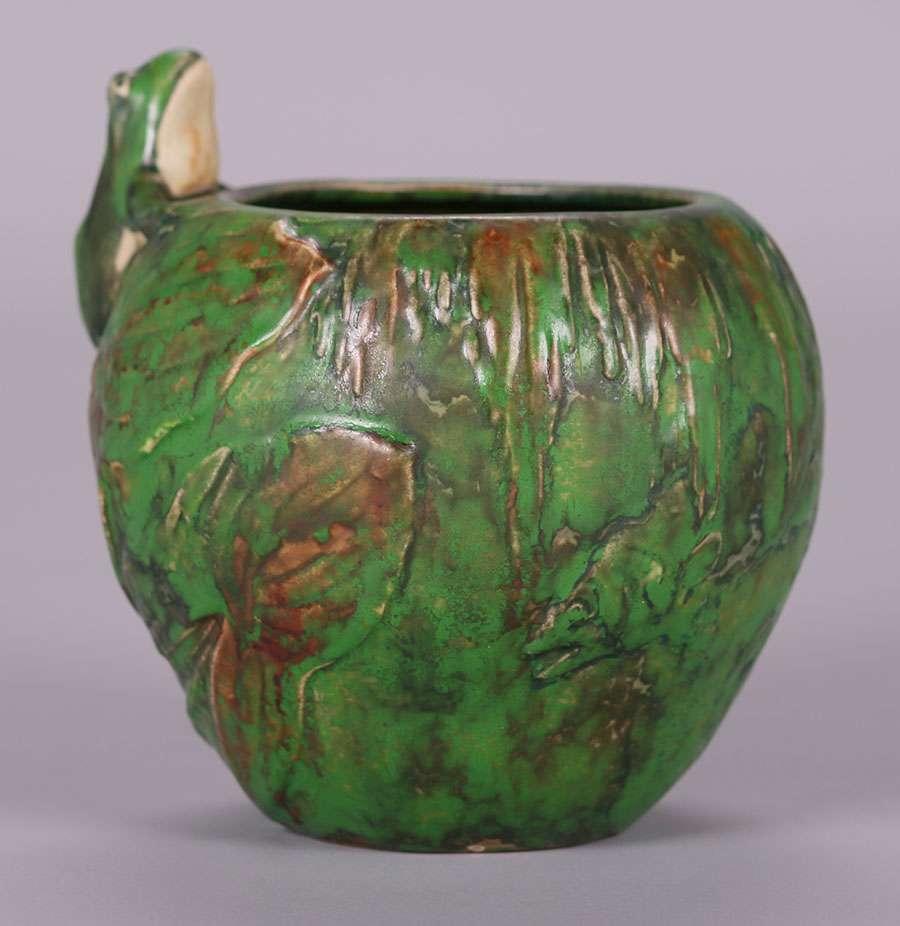 Weller Coppertone Frog Vase California Historical Design