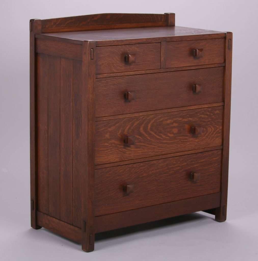 Lot 275 Early Gustav Stickley 5 Drawer Dresser C1901 1902 California Historical Design