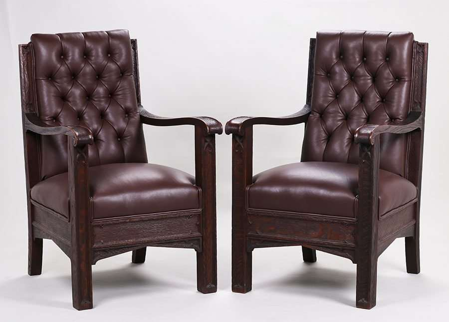 High Quality PAIR OF MATHEWS FURNITURE SHOP CARVED OAK ARMCHAIRS C1912