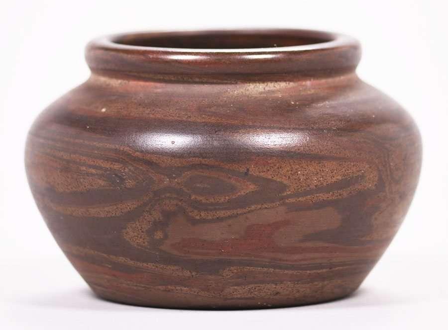 Early Niloak Pottery Dark Mission Swirl Vase California Historical