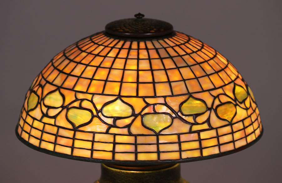 Tiffany Studios Wheatley Pottery Lamp C1910 California