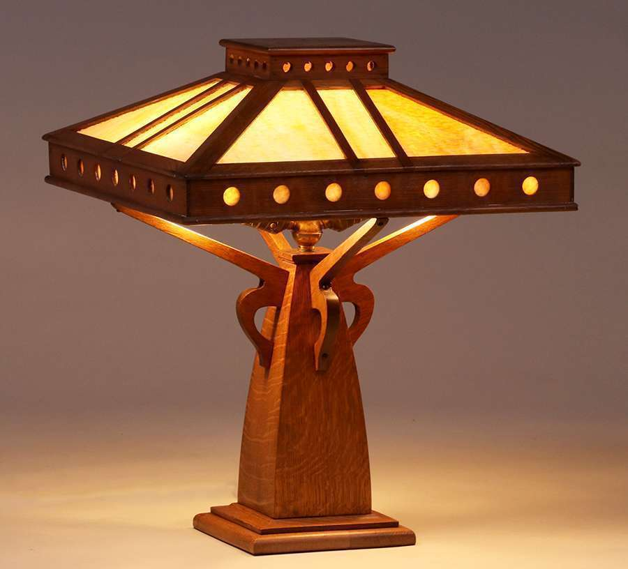 Peterson Art Furniture Co Oak Amp Slagglass Lamp C1910