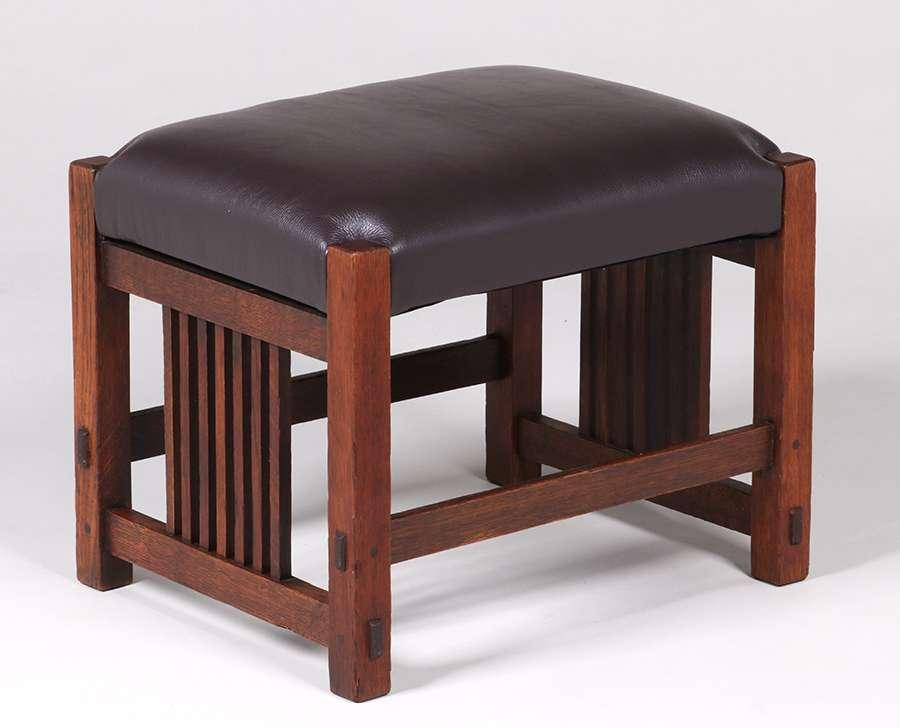 Gustav Stickley Spindled Footstool C1907 California